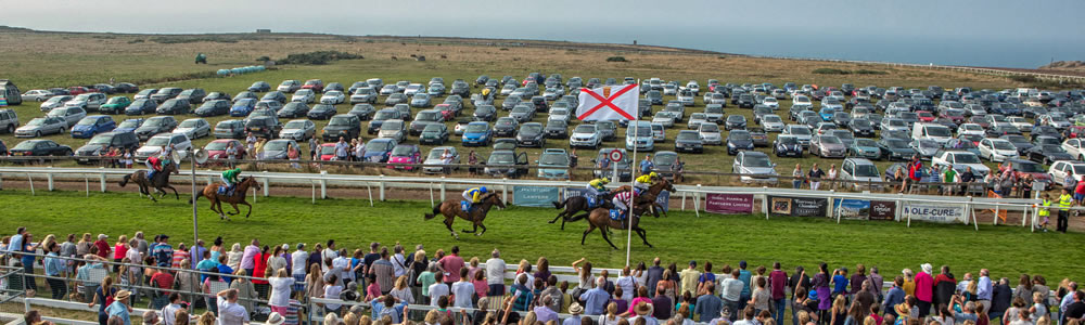 Parking at Les Landes Races
